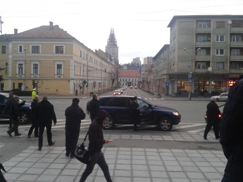 Masina în care s-a urcat președintele PMP după întrevederea de la Cluj