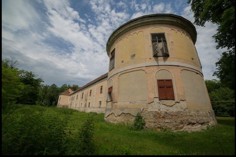 castel - kplusz